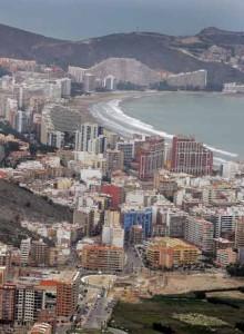 Edifici intorno alla spiaggia di Cullera (Comunidad Valenciana)