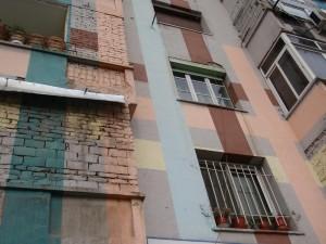 painted-houses-tirane-albania-779373