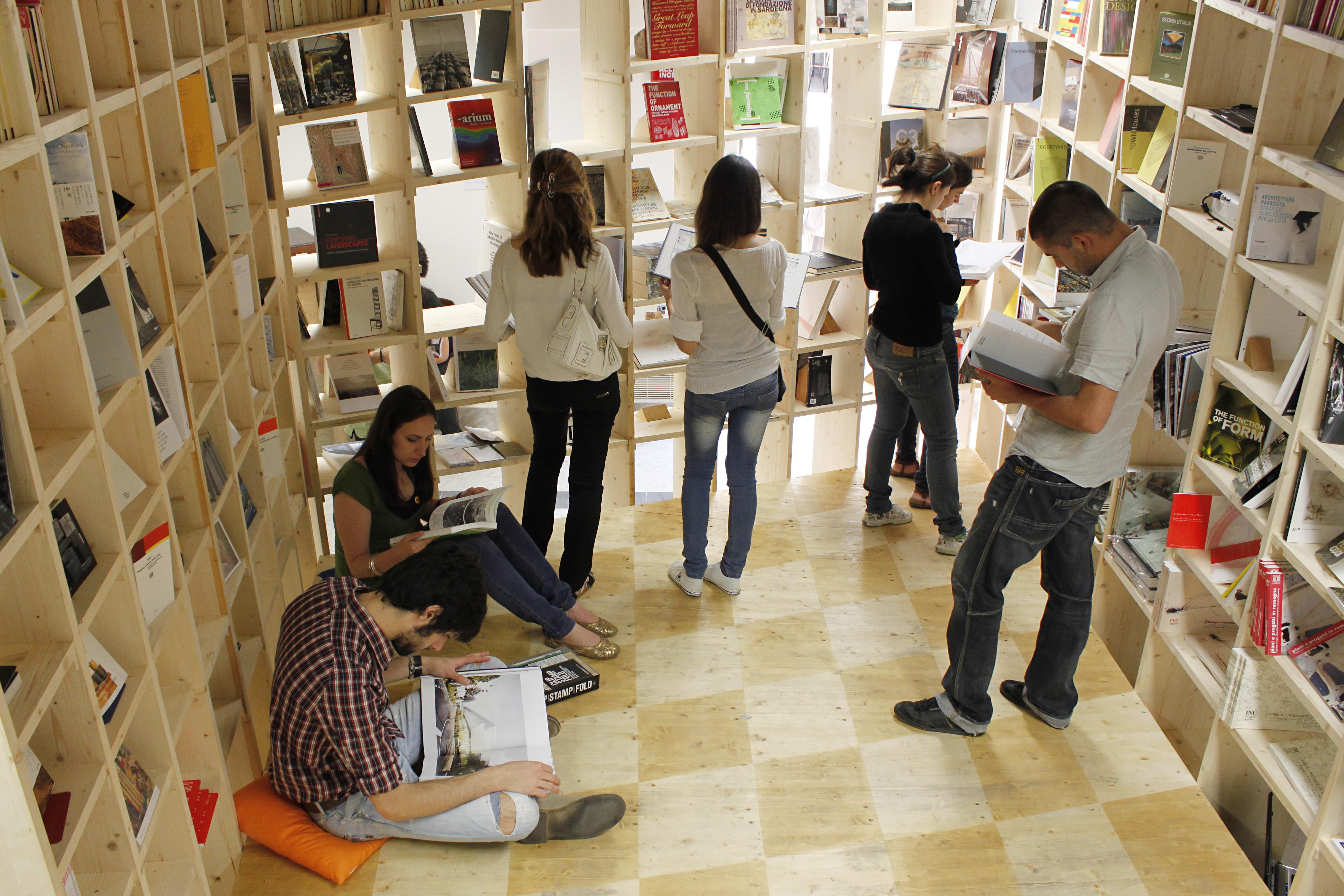 Inaugurazione bookshop