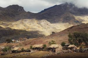 Valle sud di Cusco. Insediamento e paesaggio. Foto di Ana Asensio