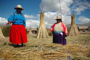 Momento di vita quotidiana in una delle comunità nella Valle sud di Cusco. Foto di Ana Asensio